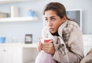 חיזוק המערכת החיסונית - אישה חולה