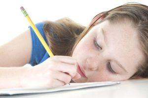 הפרעות קשב וריכוז - ילדה לומדת